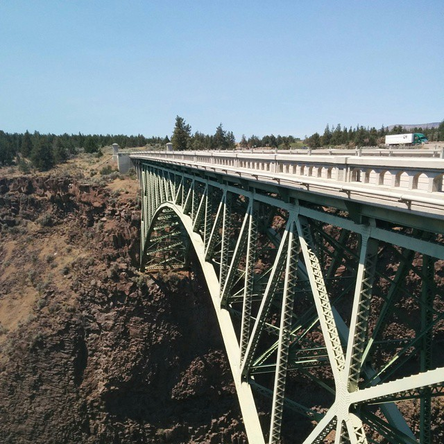 [crooked_river_high_bridge.jpg]